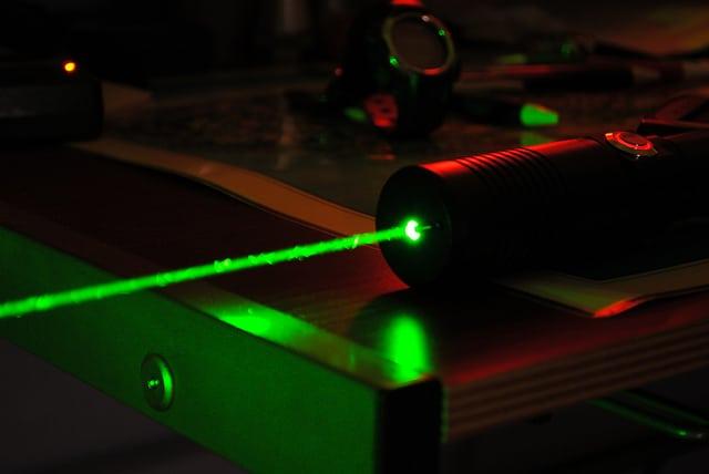 Duální laserová lipolýza